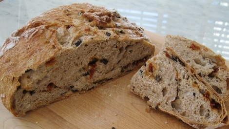 Olive bread with sun-dried tomatoes