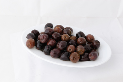 Black pitted olives